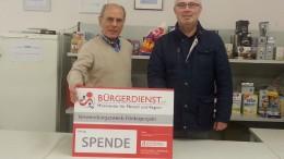 Unser Bild zeigt von links nach rechts: Bernd Liebler, 1. Vorsitzender Trägerverein Dauner Tafel und Werner Peters, Bürgerdienst e.V.