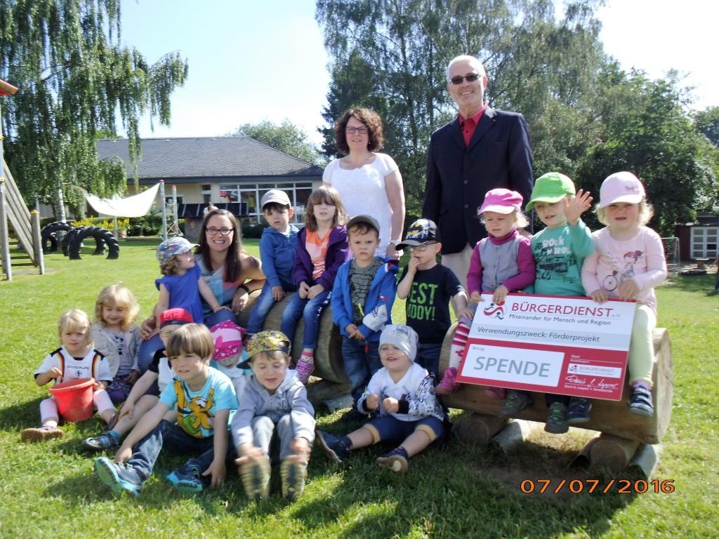 Die Kindertagesstätte ST. Vinzenzius Kelberg bedankt sich herzlich für die großzügige Spende vom Bürgerdienst e.V.