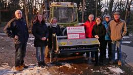 Von links nach rechts: Ottmar Kremer, Simone Fischer, Annette Lohberg, Ralph Mohr, Andrea Rätz-Schröder vom Vorstand des BÜRGERDIENST e.V., Franz Fischer und Thomas Wollwert.