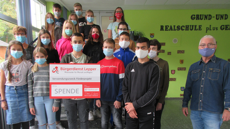 Unser Bild zeigt Schülerinnen und Schüler der achten Klasse